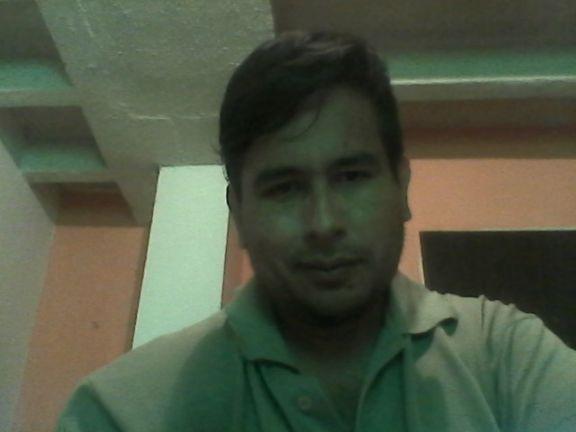 Alex, Hombre de Caracas buscando pareja