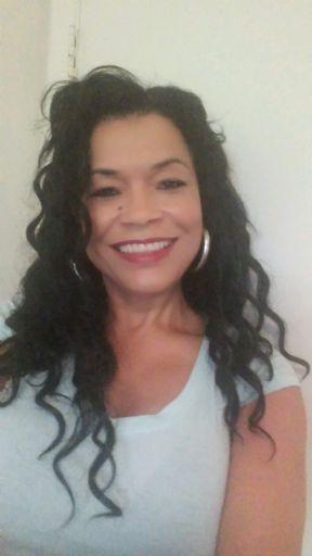 Rosa, Mujer de Chicago buscando conocer gente