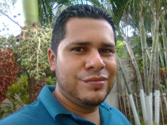 Robert, Hombre de Puntarenas buscando conocer gente