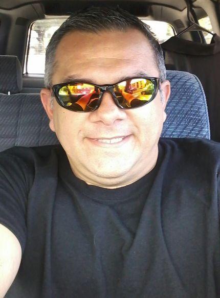José perez, Hombre de San Antonio buscando una cita ciegas