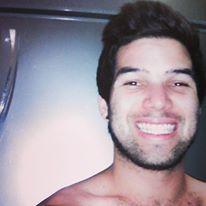 Luis francisco, Chico de Panamá buscando amigos