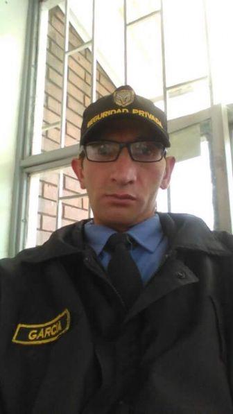 Carlos garcia, Hombre de Soacha buscando pareja