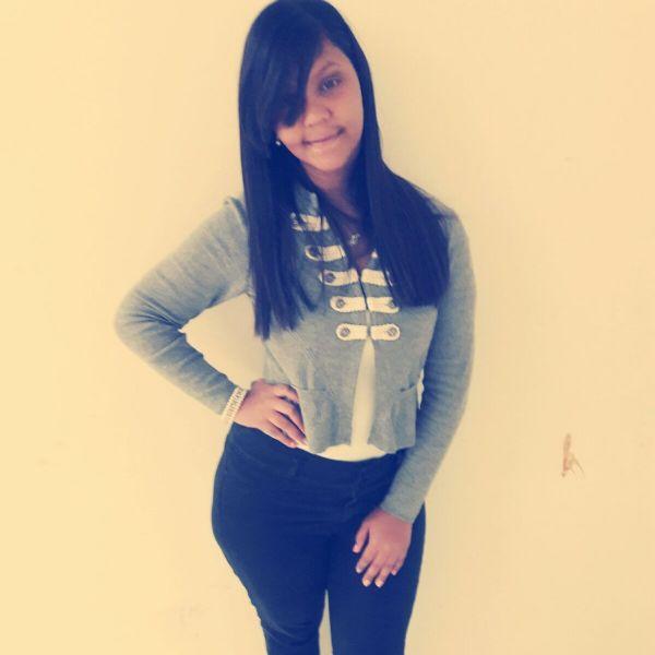 Denisse, Chica de San Juan buscando una cita ciegas