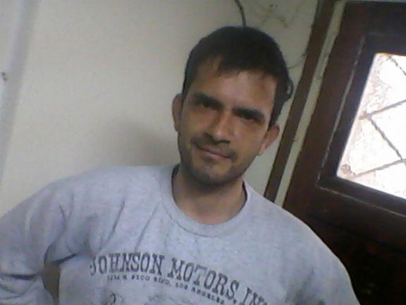 Fabio, Hombre de Mar del Plata buscando una cita ciegas