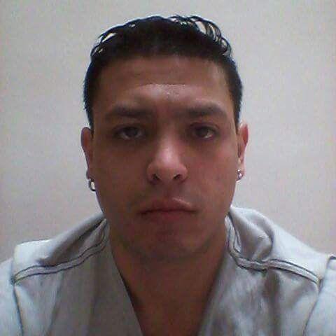 Christian, Hombre de Quetzaltenango buscando una cita ciegas