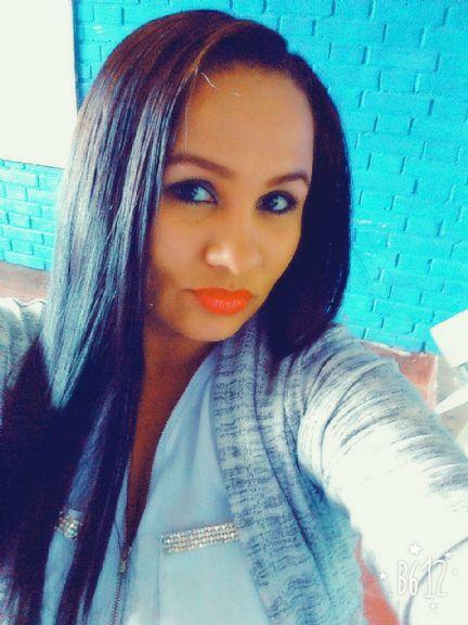 Gina diaz, Mujer de Girardot buscando una cita ciegas
