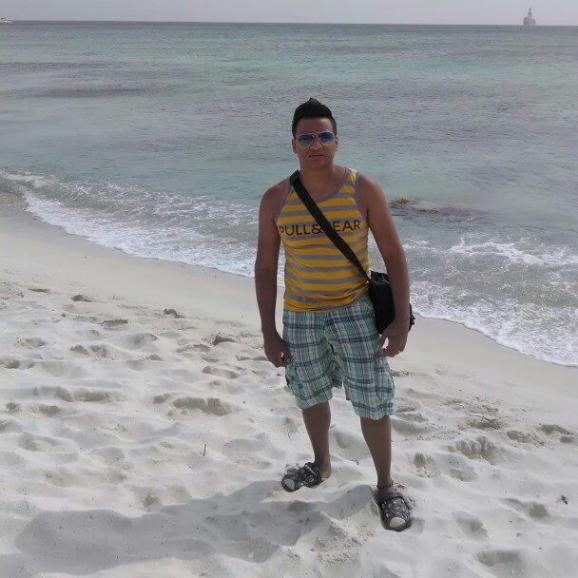 Frank, Chico de Guayaquil buscando amigos