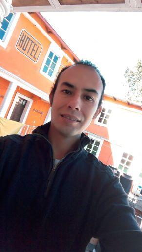 Edwin, Hombre de Pachuca de Soto buscando una cita ciegas
