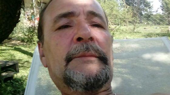 Luis, Hombre de Alta Gracia buscando una cita ciegas