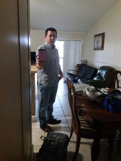 Mamuel, Hombre de Country Club buscando pareja