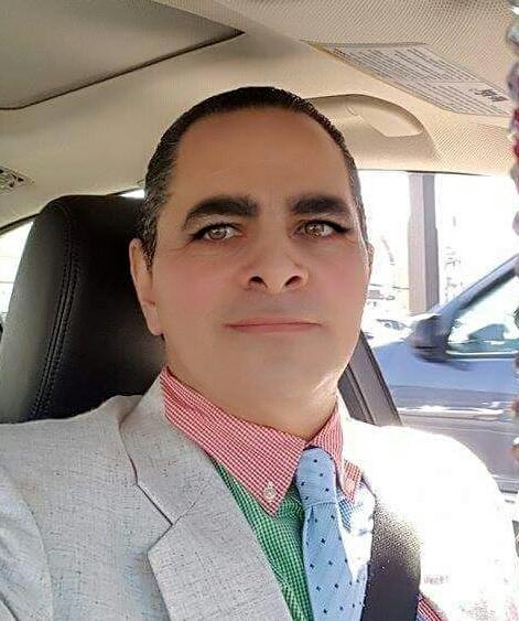 Rogelio , Hombre de San Juan buscando una cita ciegas