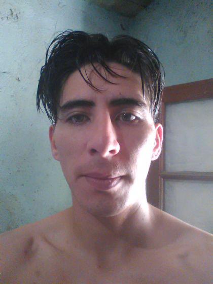 Nicolas, Chico de Córdoba buscando pareja
