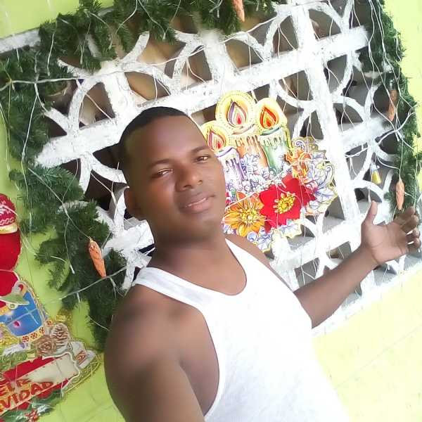 Alex, Hombre de Panamá buscando conocer gente