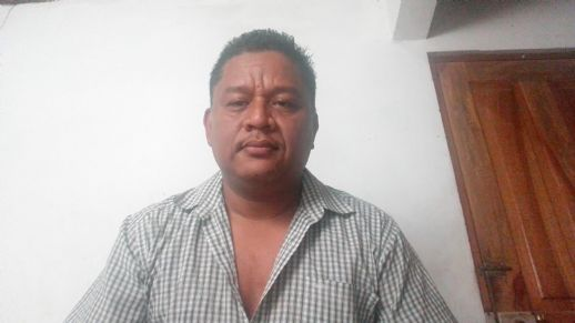 Alcides lios , Hombre de Liberia buscando conocer gente