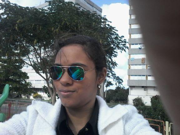 Caridad, Chica de La Habana buscando una cita ciegas