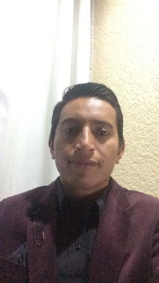 Gabriel, Chico de Heroica Puebla de Zaragoza buscando una cita ciegas