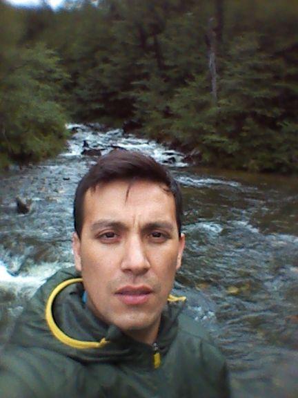 Luis, Chico de Santiago buscando conocer gente