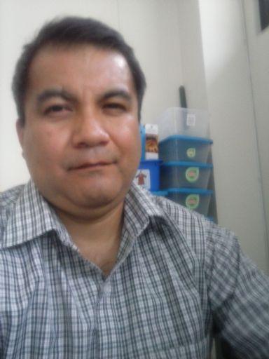 Jose, Hombre de Guatemala buscando una cita ciegas