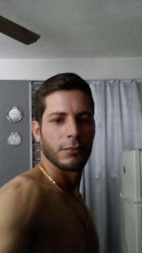 Eilyhen, Hombre de La Habana buscando una cita ciegas