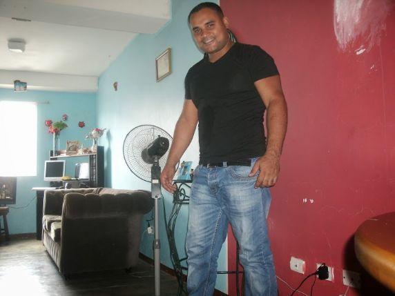 Alex, Hombre de Caracas buscando conocer gente