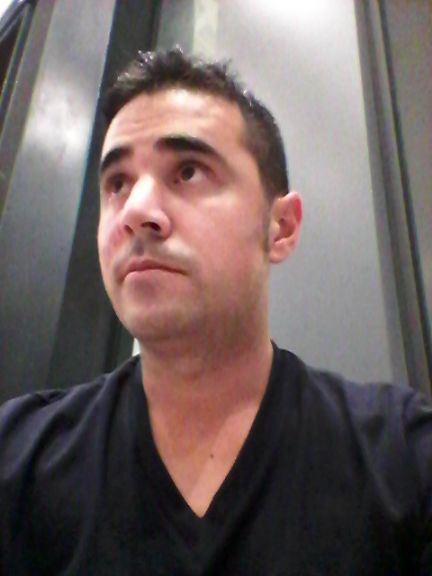 Sergio, Hombre de Zaragoza buscando una cita ciegas