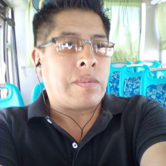 Roberto, Hombre de Cochabamba buscando pareja