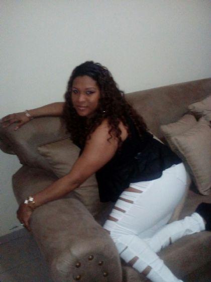 Angela, Mujer de Bronxville buscando pareja