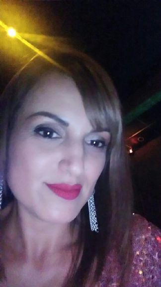 Mar castro, Mujer de Grecia buscando mujeres
