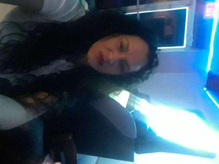 Yusa, Mujer de Miami buscando una cita ciegas