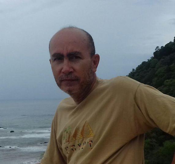 Reynaldo sequeira , Hombre de Jacó buscando pareja