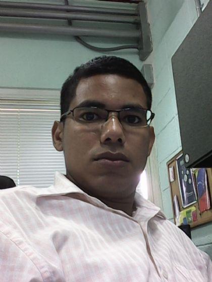 Eduin, Chico de Caracas buscando conocer gente