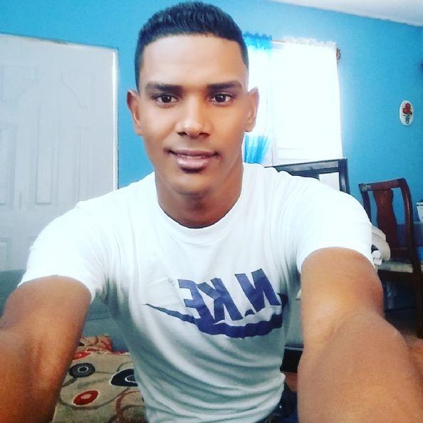Fernando, Chica de Santiago De Los Caballeros buscando pareja