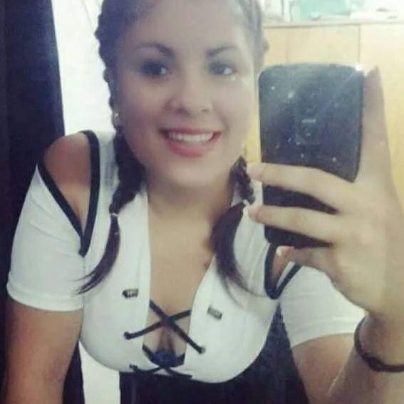 Agostina, Chica de Paraná buscando una cita ciegas