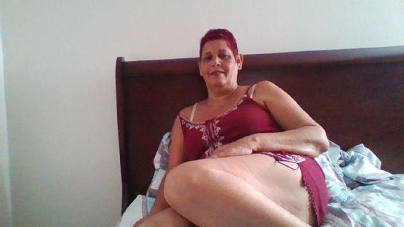 Nilda albino ortiz, Mujer de Mayagüez buscando pareja