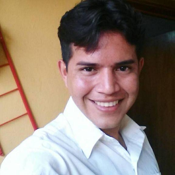 Alfredo, Chico de Caracas buscando pareja