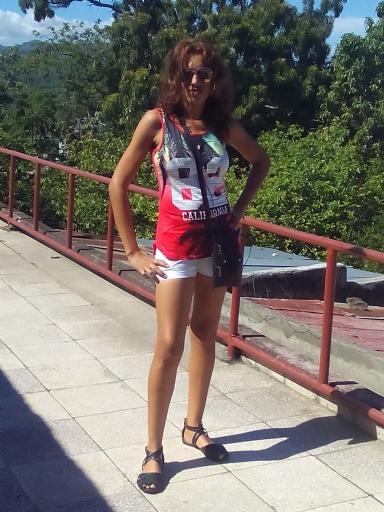 Lis, Chica de Santiago de Cuba buscando una cita ciegas