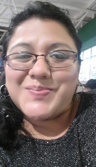 Eliza g., Mujer de Villa Nueva buscando una cita ciegas