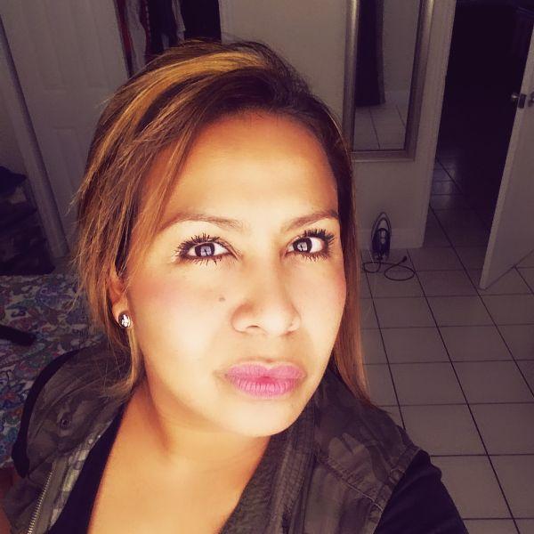 Aniss, Mujer de Miami buscando conocer gente