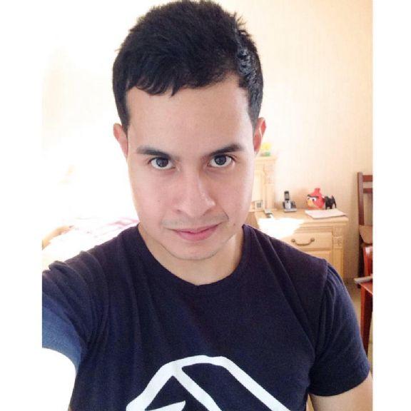 Ashley coronado, Chico de Tijuana buscando amigos