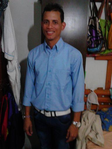 Starking, Hombre de Caracas buscando pareja