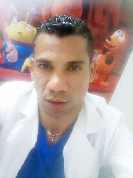 Dennys , Hombre de Chapinero buscando pareja