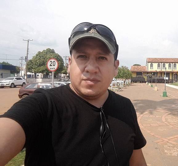 Vico, Hombre de La Paz buscando pareja