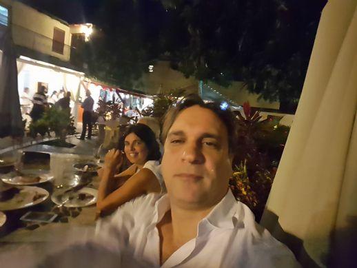Alejandro choy, Hombre de La Habana buscando conocer gente