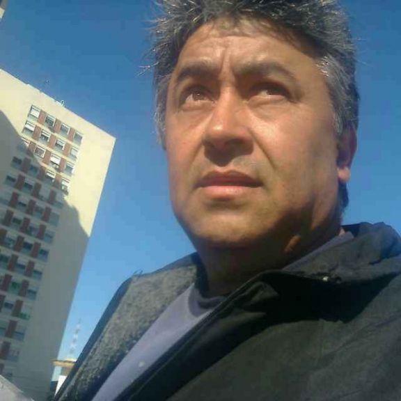 Oscar, Hombre de Buenos Aires buscando una cita ciegas