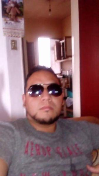 Edgar antonio, Chico de San Luis Potosí buscando pareja