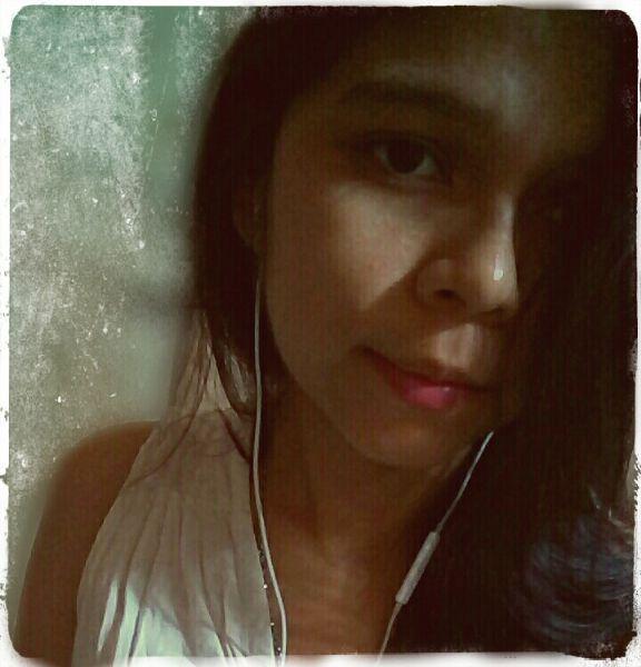 Sary, Chica de San Pedro Sula buscando conocer gente