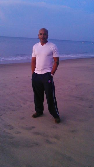 Frencesc, Hombre de Panamá buscando pareja
