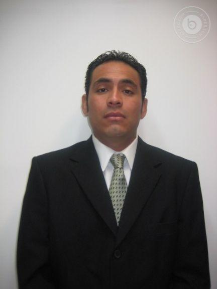 Julio, Hombre de Villahermosa buscando una cita ciegas