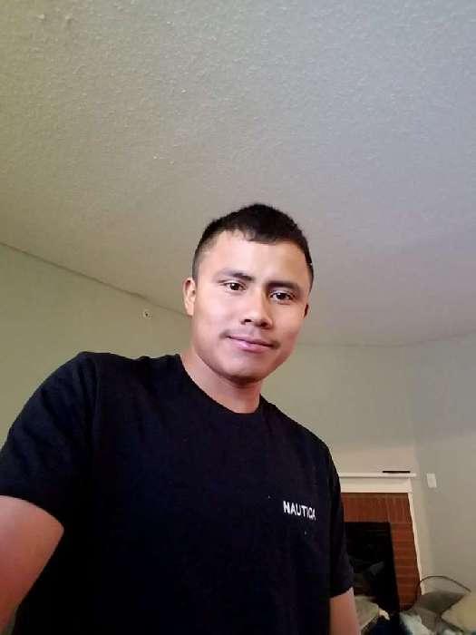 Ernesto , Chico de Phoenix buscando conocer gente
