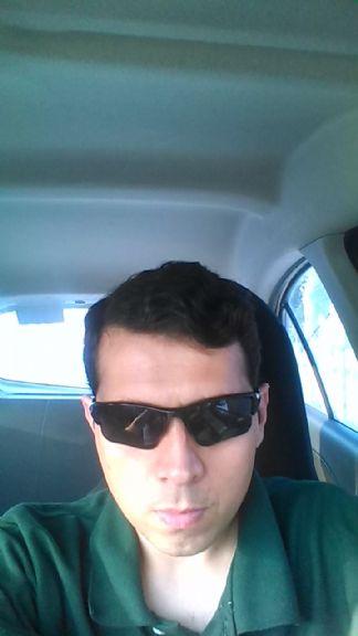 Alejandro martínez g, Hombre de Monterrey buscando pareja